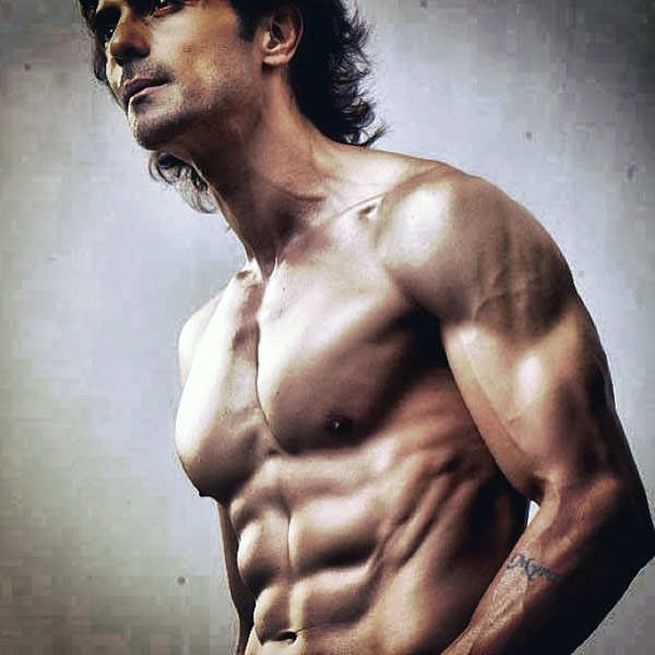 Arjun Rampal assaults a man, complaint filed