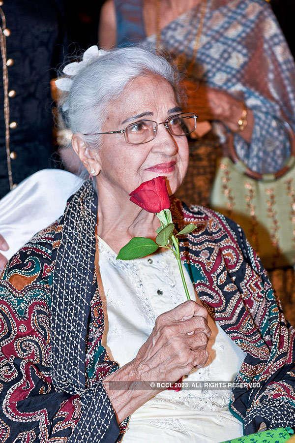 Kamini Kaushal's 90th b'day celebrations