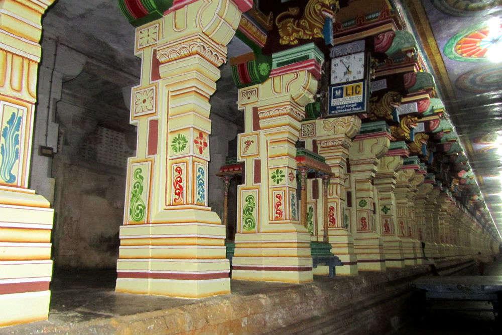 Explore the pillars and corridors in Ramanathaswamy Temple