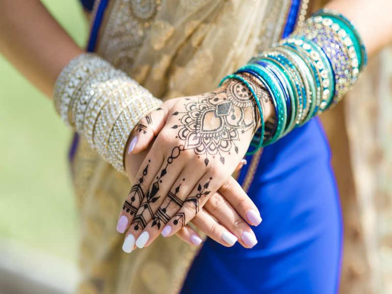 Few Popular Arabic Mehndi Designs Types