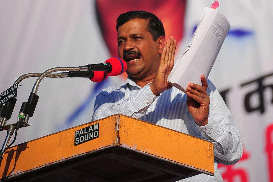 Ajay Maken in talks with BJP, claims Kejriwal