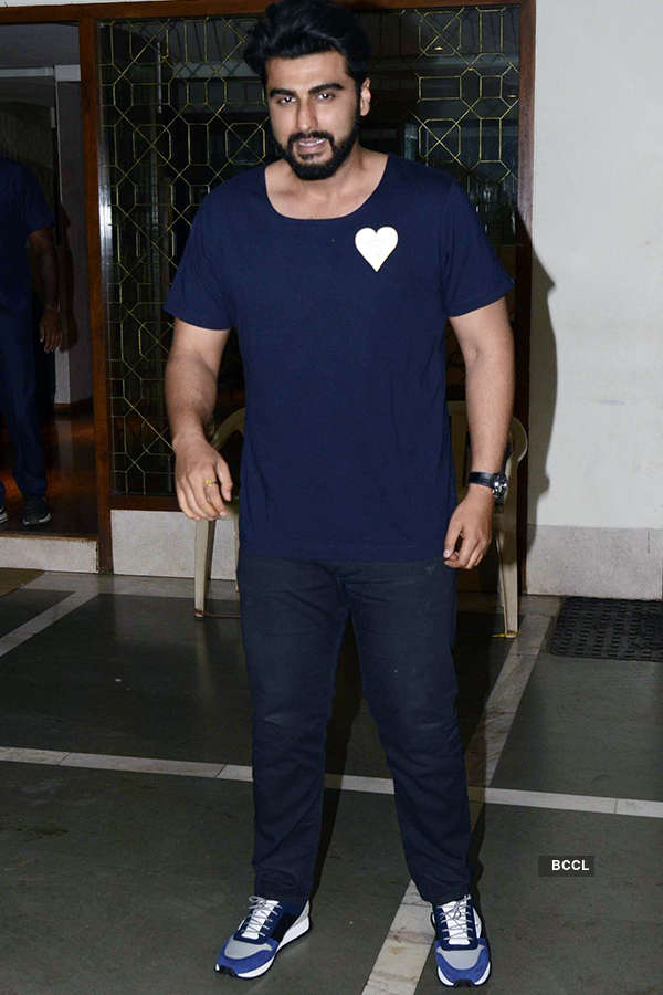 Celebs attend Chetan Bhagat's b'day party