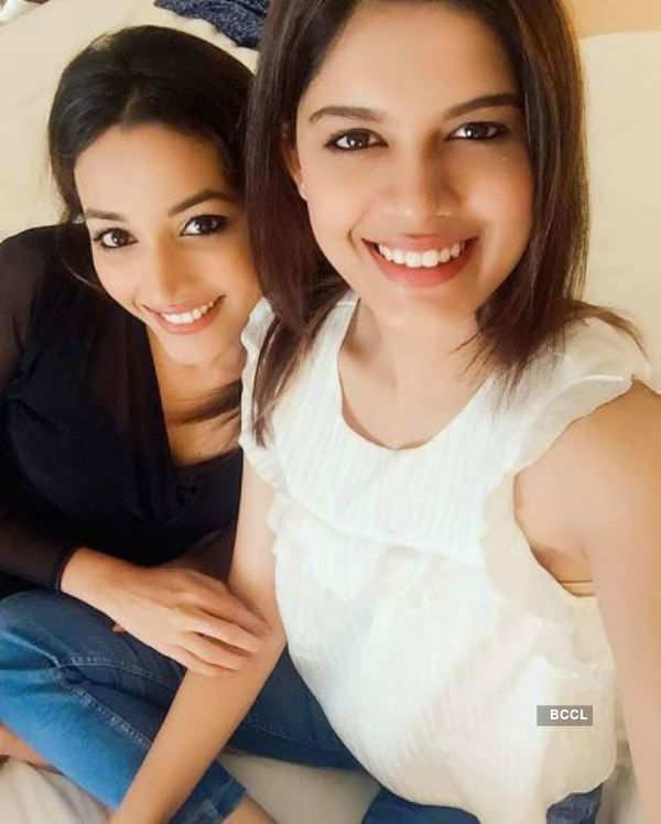 Asha Bhat and Srinidhi Shetty's pictures will make your heart melt