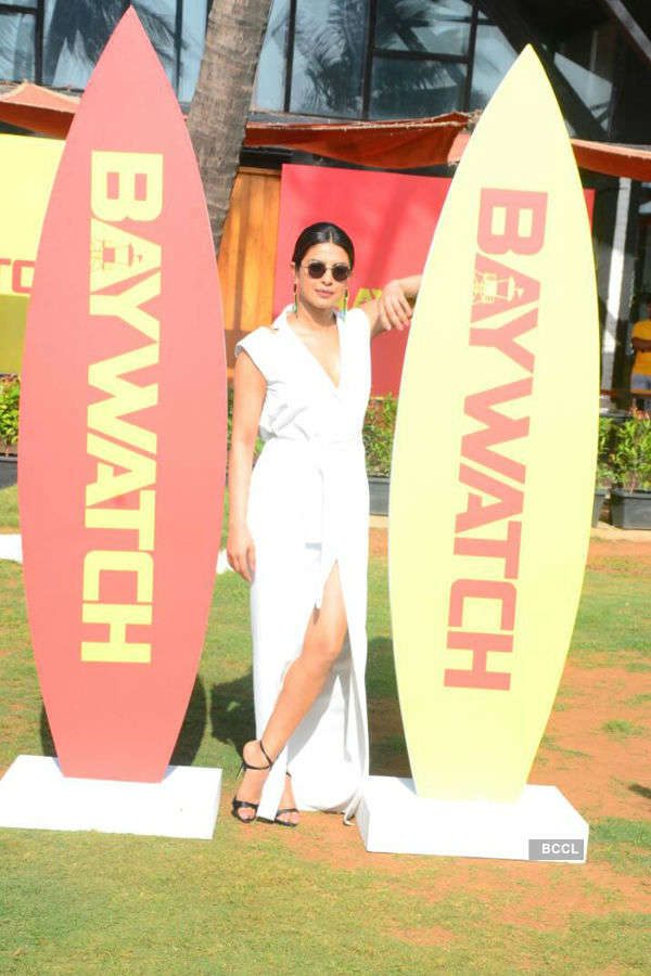 Priyanka promotes 'Baywatch'
