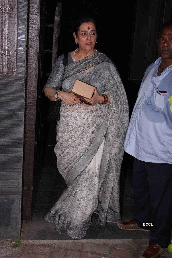 Sonam Kapoor's grandmother's prayer meet