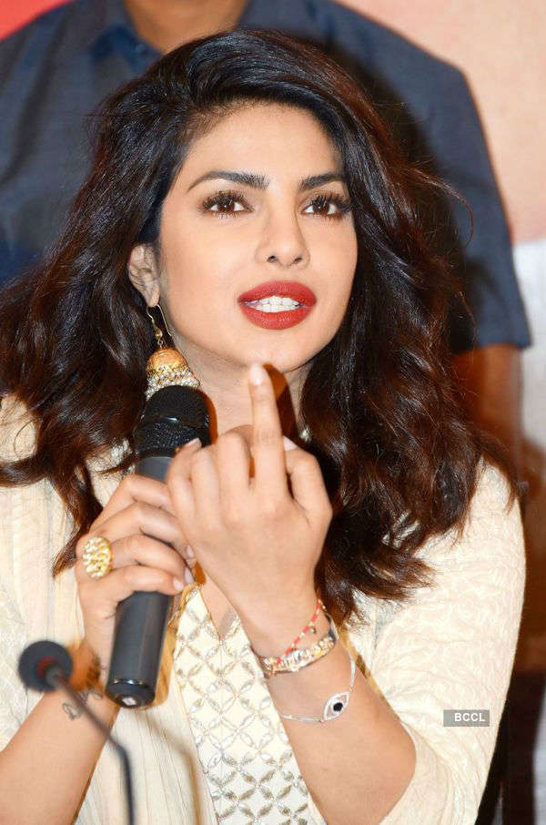 Priyanka Chopra to promote Baywatch in India