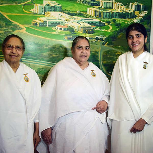 Celebs attend spiritual talk
