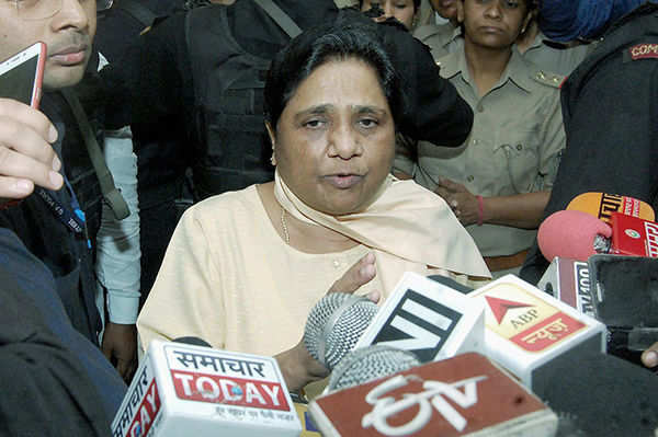 Mayawati meets Dalit victims of Saharanpur riot