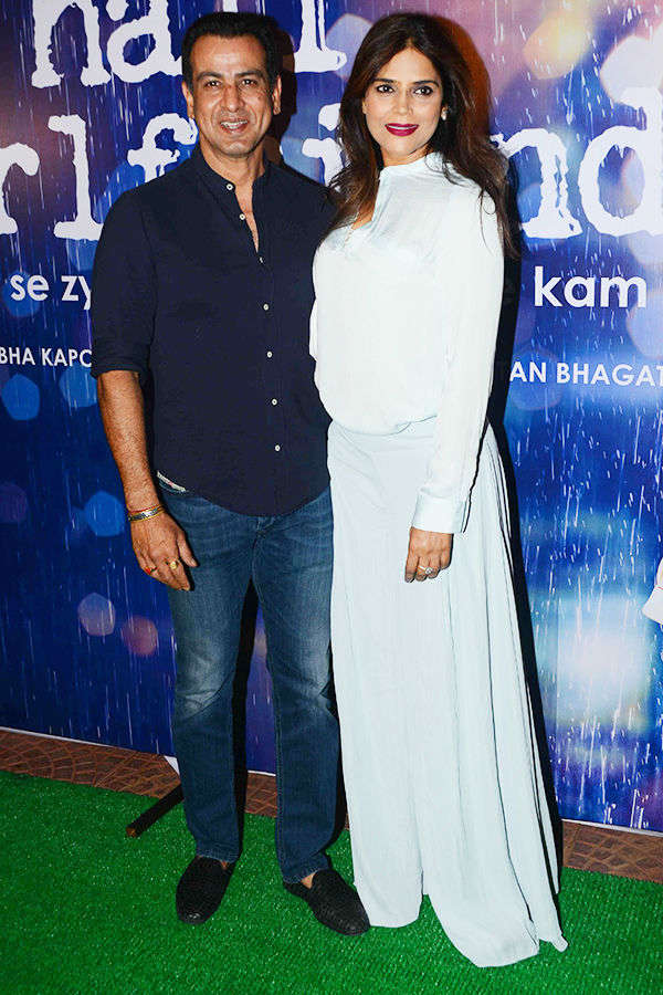 Ronit Roy, Neelam Singh at Half Girlfriend's success party