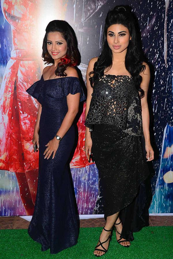 Adaa Khan and Mouni Roy pose together