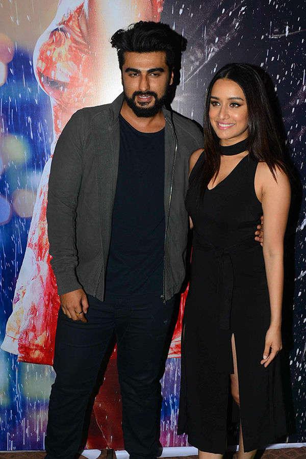 Arjun Kapoor, Shraddha Kapoor at Half Girlfriend's success party
