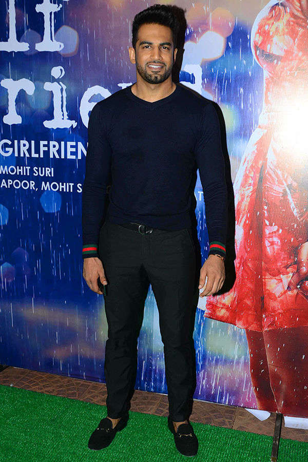 Upen Patel at Half Girlfriend's success party