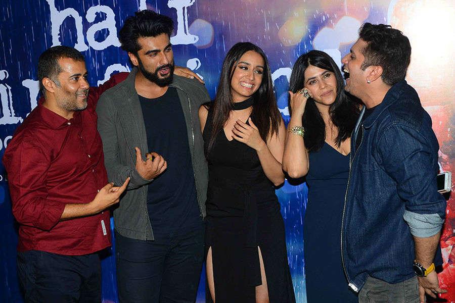 Chetan Bhagat,Arjun Kapoor,Shraddha Kapoor and Ekta Kapoor and Mohit Suri together