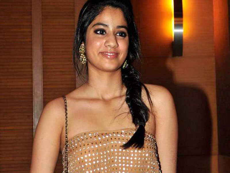Image result for jhanvi kapoor