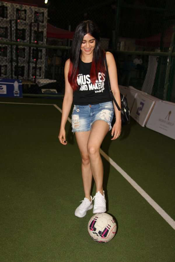 Tiger Shroff and Adah Sharma flaunt their football skills at Super Soccer Tournament