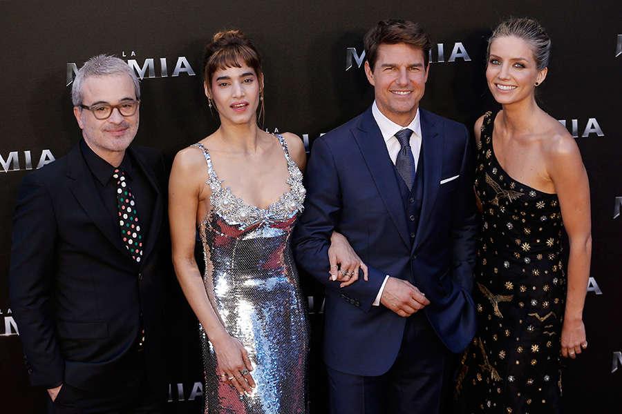 Director Alex Kurtzman poses with Annabelle Wallis, Tom Cruise and Sofia Boutella