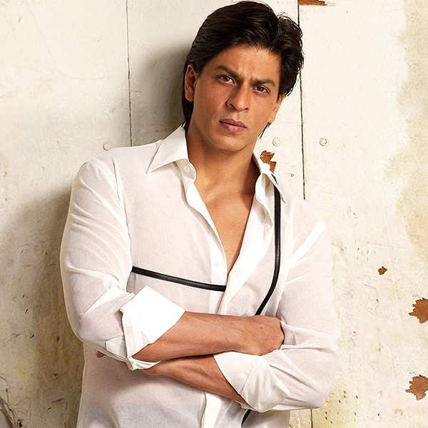 Death hoax of Shah Rukh Khan killed in a plane crash goes viral