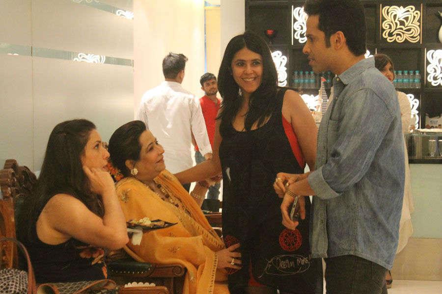 Tusshar Kapoor celebrates son Laksshya's 1st birthday