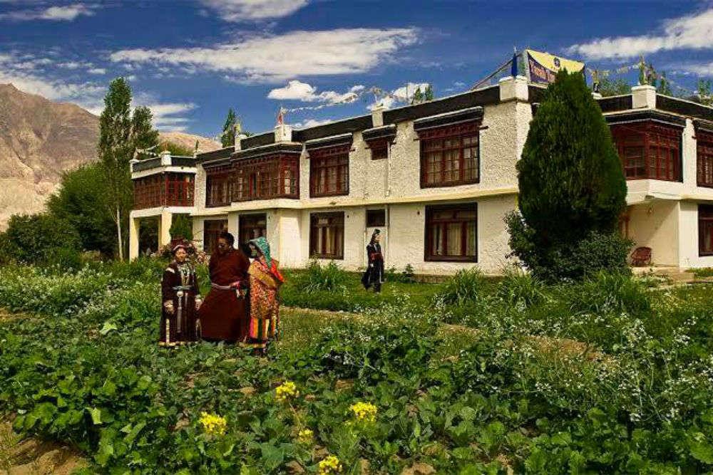 Hotel Yarab Tso Nubra Valley
