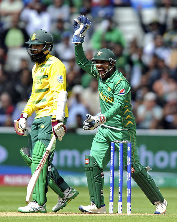 Pakistan beat South Africa in Champions Trophy