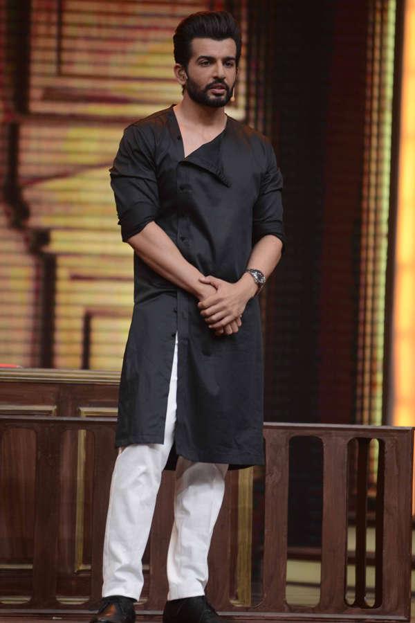 Host Jay Bhanushali on the sets