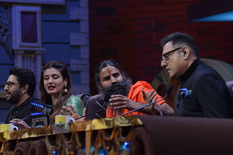 Arshad Warsi, Raveena Tandon, Baba Ramdev and Boman Irani