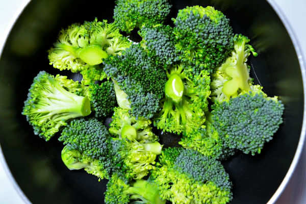 11 Health Benefits Of Eating Broccoli Why We Should Eat Broccoli