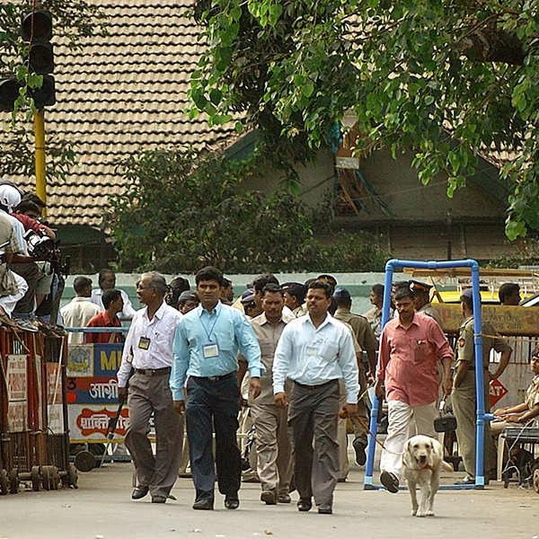 Horrific photos of 1993 Mumbai serial blasts