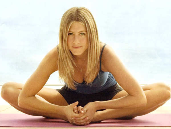 Jennifer Aniston looks so fit and toned