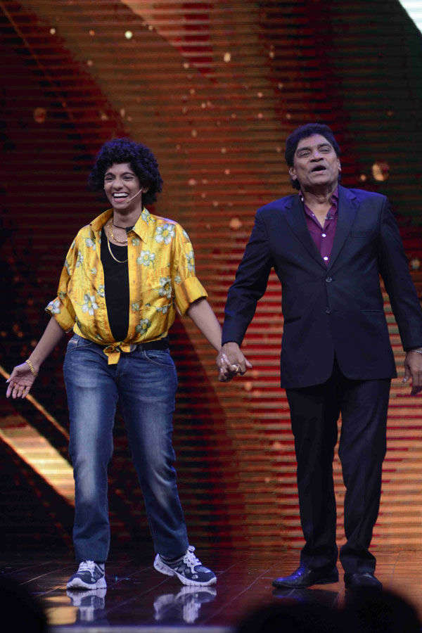Jamie Lever enacts with Johnny Lever