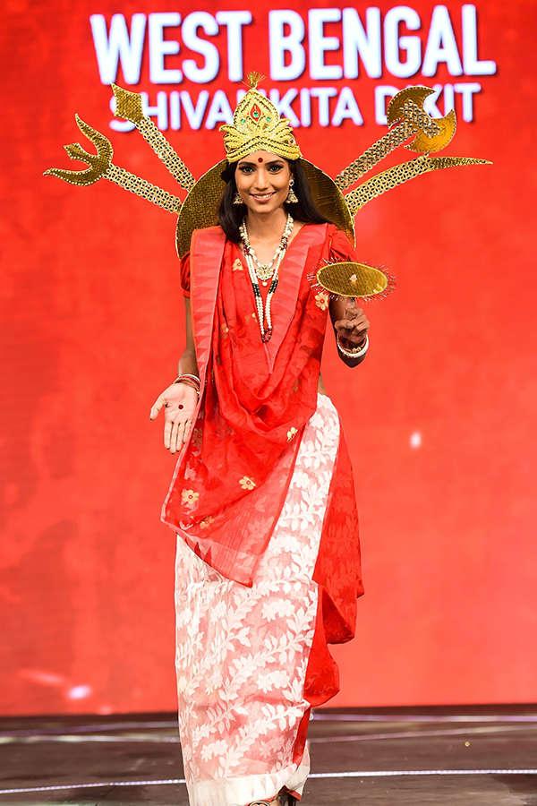 fbb Colors Femina Miss India 2017 sub contest: National Costume Round