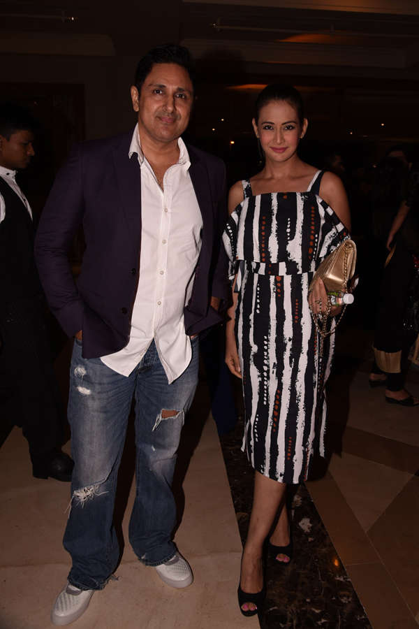 Parvin Dabas and  Preeti Jhangiani pose for the camera