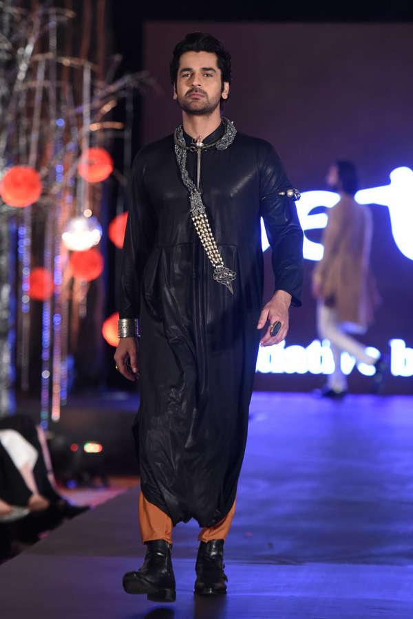 Arjan Bajwa at Beti Fashion Show