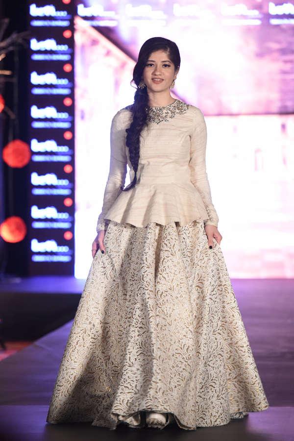 Anmol Malik at Beti Fashion Show