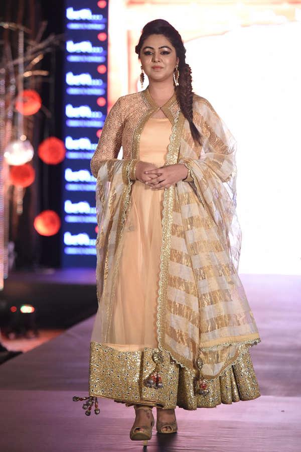 Shafaq Naaz at Beti Fashion Show