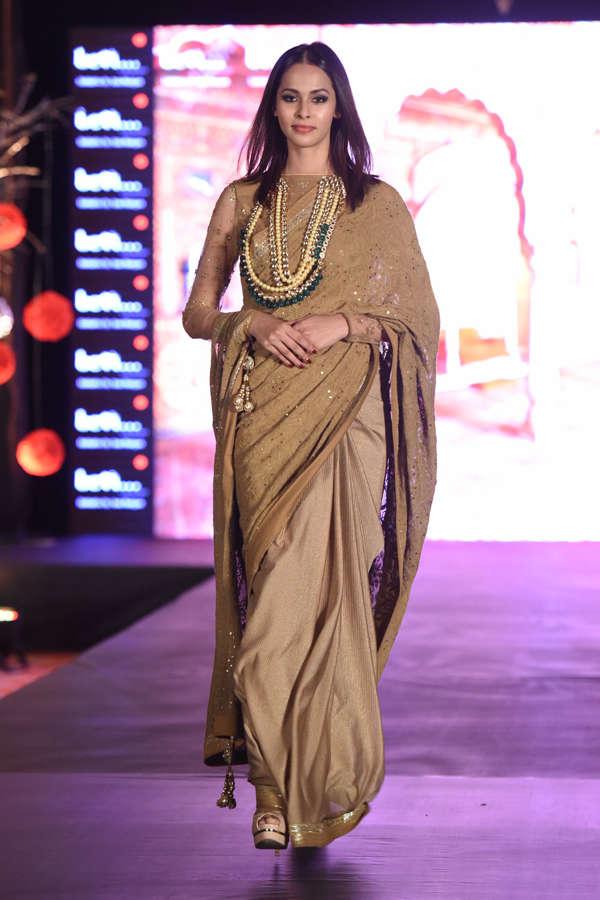 Madhu Sneha at Beti Fashion Show