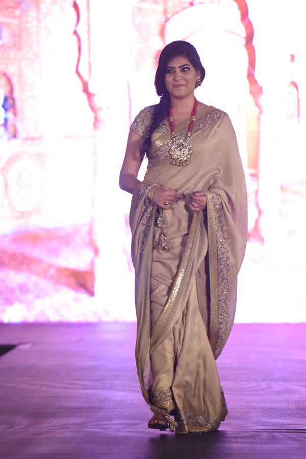 Rajshri Rani at Beti Fashion Show