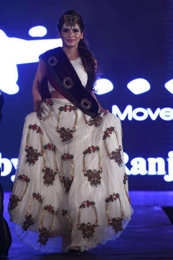 Isha Anand Sharma at Beti Fashion Show