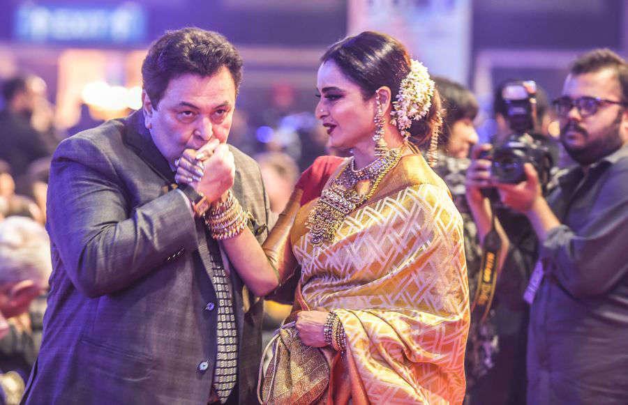 Rishi Kapoor with Rekha