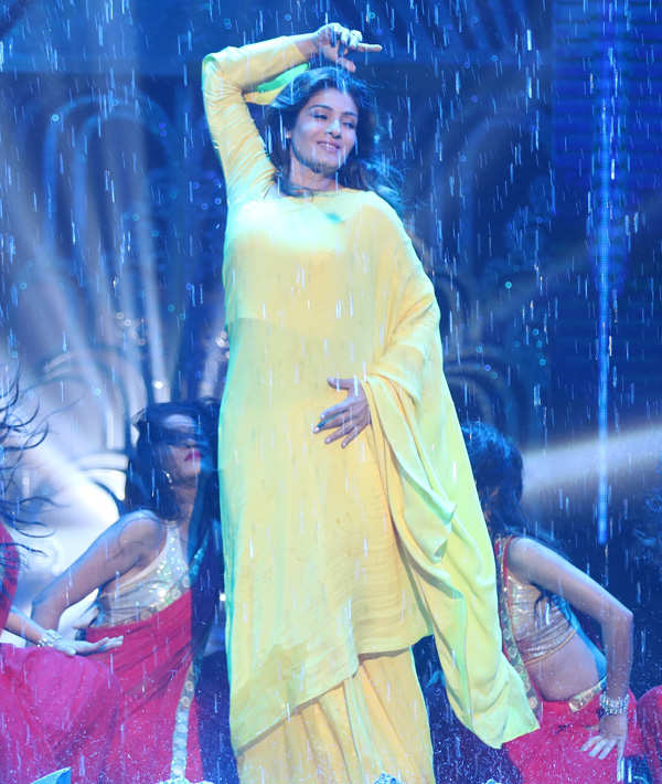 Raveena Tandon performs
