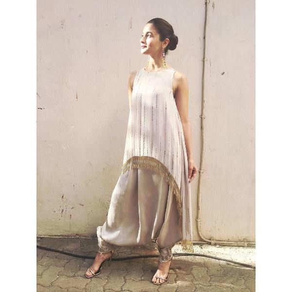 I don't need superstars to lean on, says Alia Bhatt