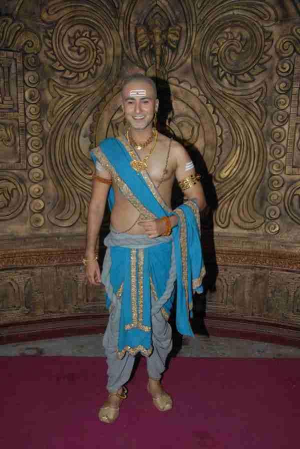 Tenali Rama: Set reveal