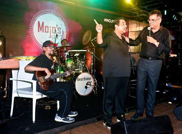 Mojo Bistro: Launch Party