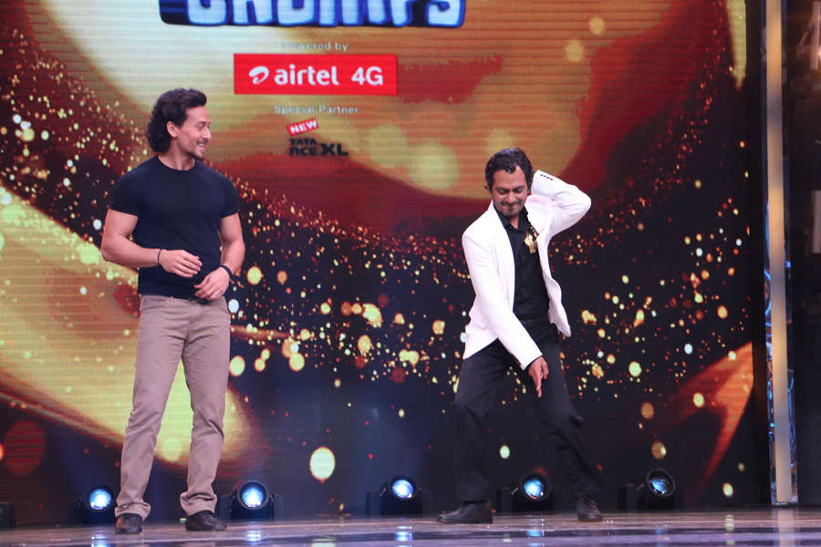Tiger Shroff and Nawazuddin Siddiqui shake a leg