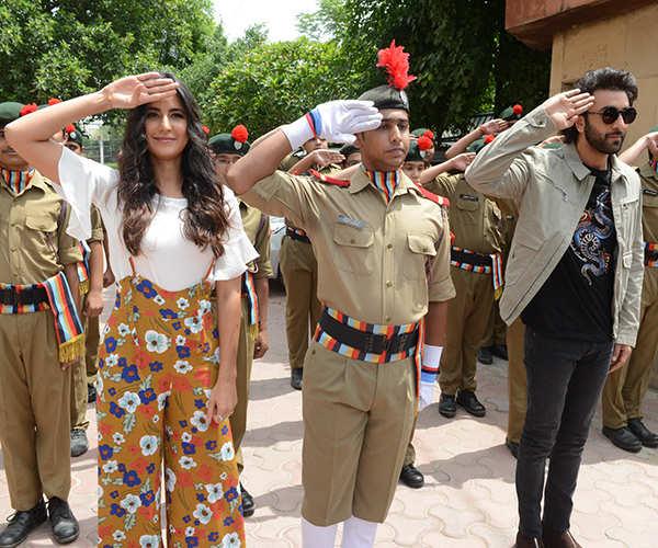 Ranbir and Katrina enthral school kids