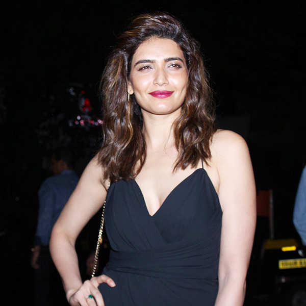Celebs attend Mrinaal Chablani's b'day party