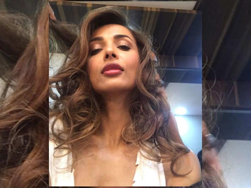 Pic Malaika Arora Dons A Stylish New Haircut