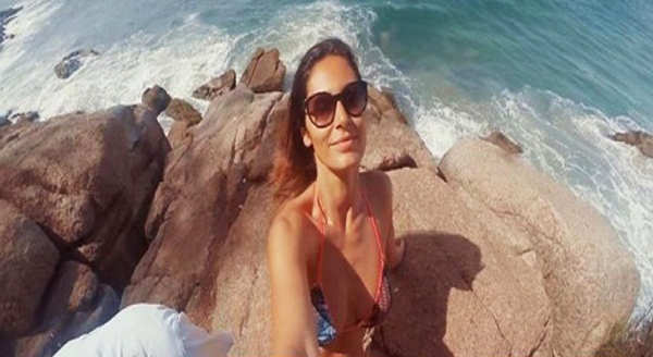 Bruna Abdullah steams up the cyberspace with her bold pictures