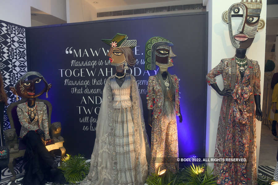 FDCI India Couture Week 2017: Day 1: Anamika Khanna