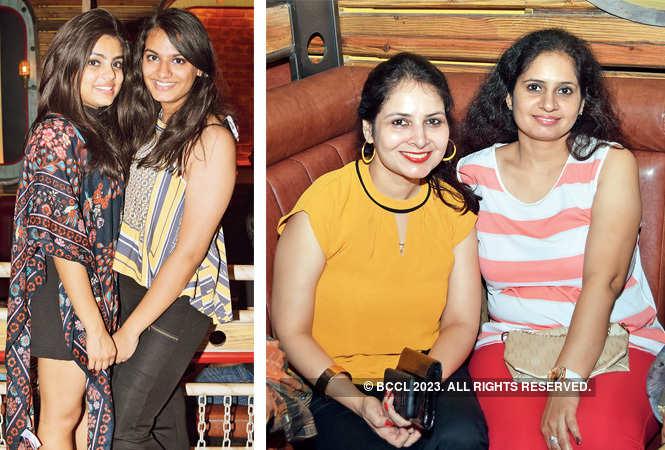Diya Singh & Diva Shukla  (BCCL/ Farhan Ahmed Siddiqui)